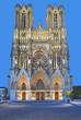 Leinwandbild Motiv die berühmte Kathedrale von Reims in der Champagne