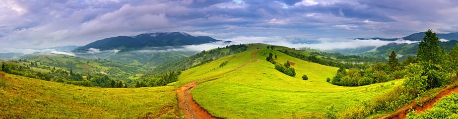 Travel along mountain ridges in spring