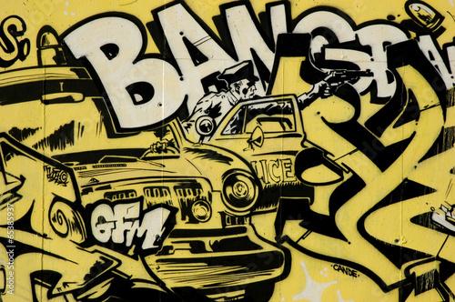 Bang, disparos en un graffiti