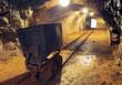 Mine gold underground tunnel railroad - 65387134