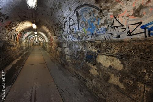 Foto op Aluminium Tunnel Tunnel