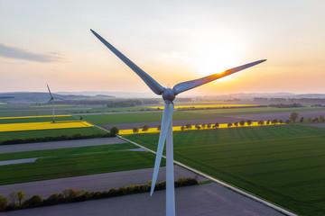 Windenergie und Sonnenenergie
