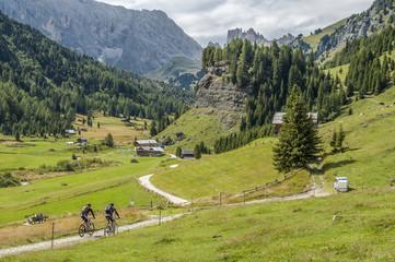 MTBiking in in Val di Fassa
