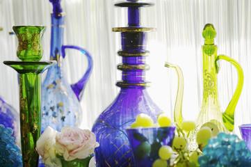 Orientalische Flaschen und Gläser