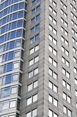 Hochhaus mit Glasfront