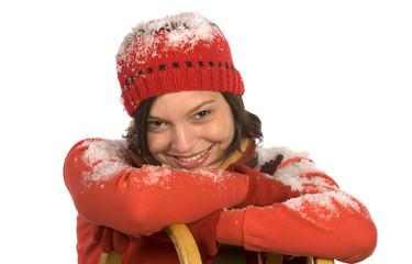Frau jung aufstützen Schlitten, lächeln, Porträt