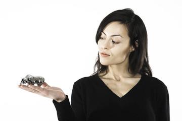Frau jung mit Bär Figur, close-up