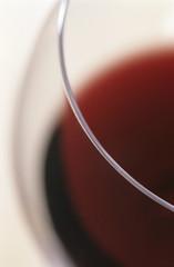Glas Rotwein, detail