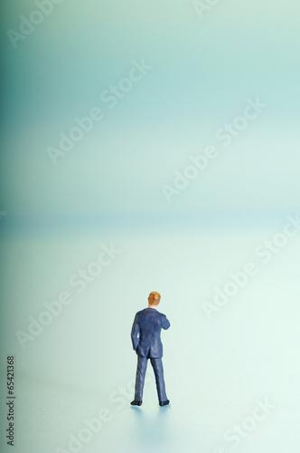 Figur eines Geschäftsmanns, Rückansicht
