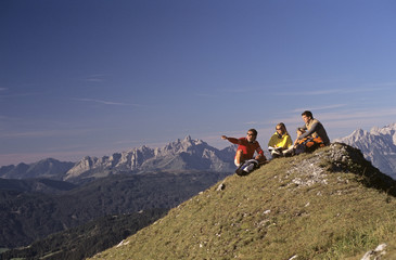 Österreich, Salzburger Land, auf der Spitze des Berges
