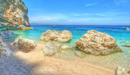 Cala Mariolu shore