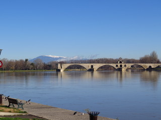 Avignon, Pont Saint Bénézet et le Mont Ventoux