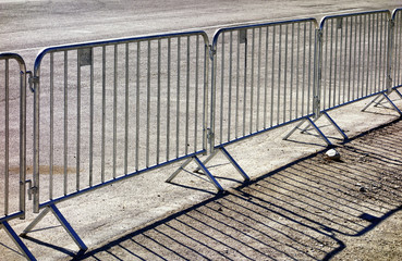 mobile steel fence