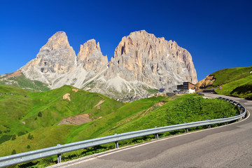 Dolomiti - Sella pass