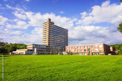 Leinwanddruck Bild hospital building.
