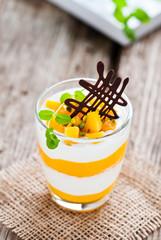 mango-joghurt dessert