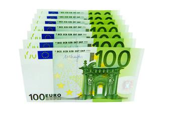 Eine Reihe von 100-Euro-Geldscheinen