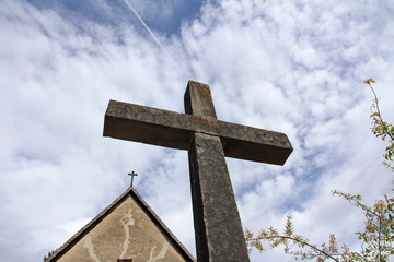 Die Kirche und das Kreuz
