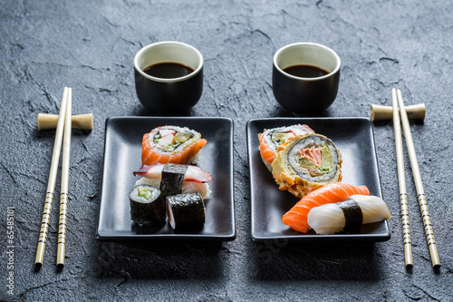Sushi dinner for two people - 65485101