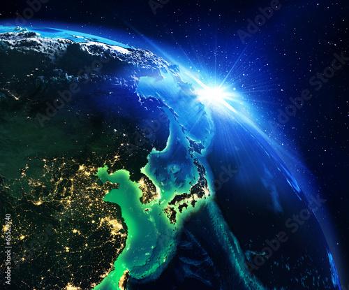 obszar-ladowy-w-japonii-w-nocy