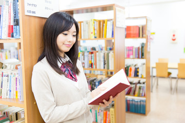 high school student in the library