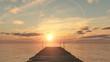 coucher du soleil sur le ponton - 65541135
