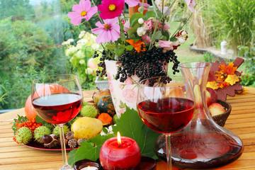 Rotwein auf der Terrasse