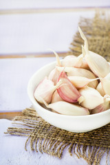 Fresh garlic in bowl