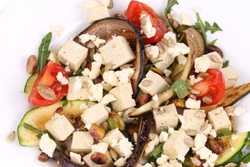 Salad with grilled vegetables and tofu.