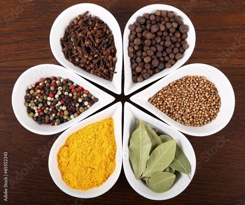 Spices - 65552343