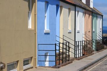 case tipiche nel porto di berwick regno unito
