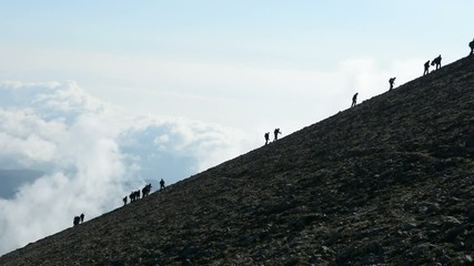 zorlu dağlarda başarılı tırmanışlar