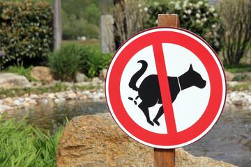 Als Hunde-Klo verboten