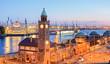 Hamburg Landungsbrücken am Abend
