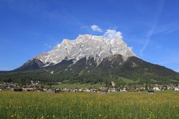 Zugspitze mit Ehrwald