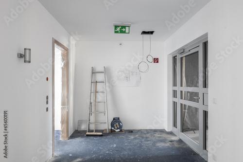 Fluchtweg Baustelle - 65600191