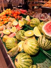 melonen im Supermarkt