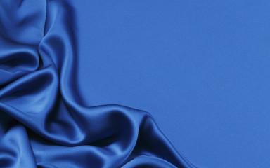 青のシルク