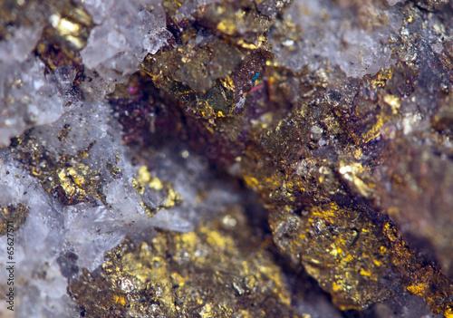 Keuken foto achterwand Edelsteen Nugget, gold, bronze, copper. Macro. Extreme closeup