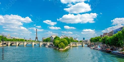 Paris - 65630733