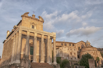 Rome Temple of Antoninus and Faustina 04