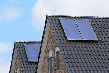 Doppelhaus mit Solarthermie