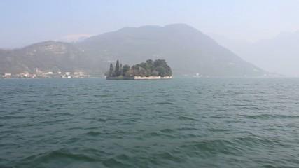 Navigazione sul lago di Iseo