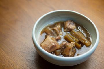 沖縄 軟骨ソーキ