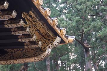 大猷院仁王門の繊細な金細工
