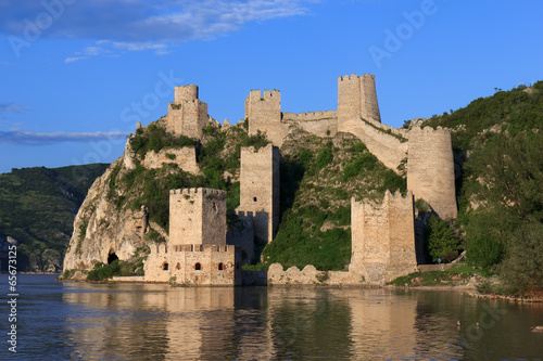Papiers peints Fortification Golubac fortress - Serbia