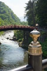 日光 神橋と金の擬宝珠