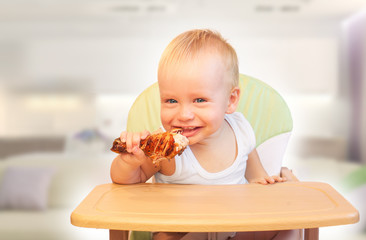 baby boy eat chicken