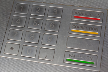 Clavier de guichet automatique