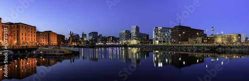 City on the water Liverpool Skyline